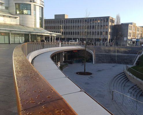 Oak lean rail city centre