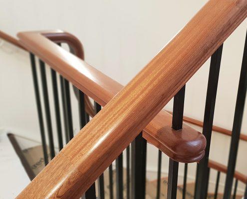 Oak handrail detail