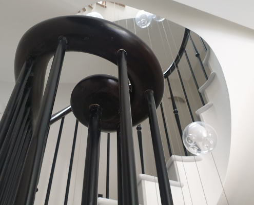 Timber handrail monkey tail with steel rounded spindles